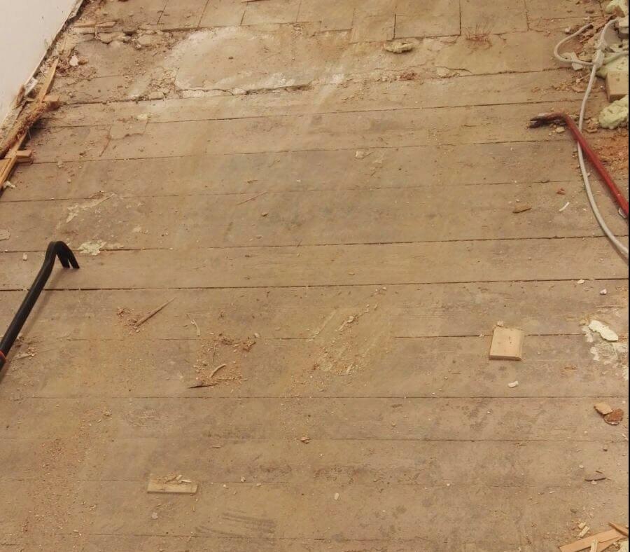 100 Jahre alte Fußbodendiehlen