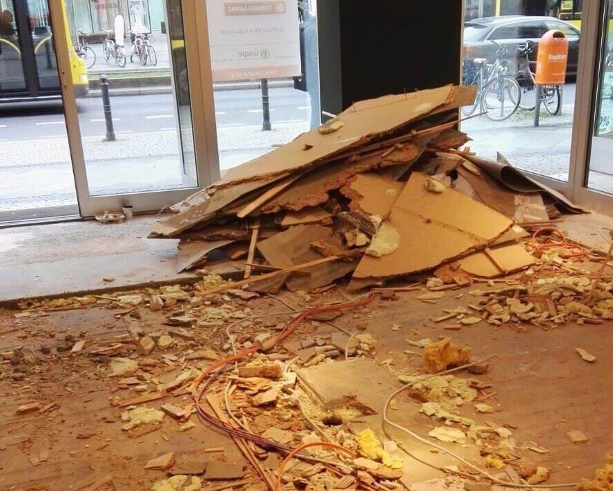 Jede Menge Spanholzplatten-Schichten wurden abgetragen und entsorgt.